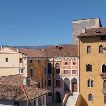 Castello - Principi di Porcia -  Punto vendita il Noceto